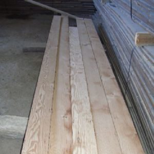 Reclaimed canadian pine flooring